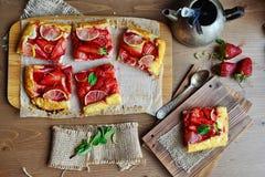 Syrlig jordgubbe Arkivfoton
