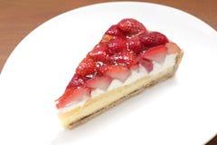 Syrlig jordgubbekakaCloseup Arkivbilder