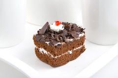 Syrlig kaka för choklad Arkivbilder