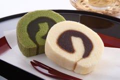 Syrliga Bean Paste Swiss Roll Ichiroku, japanska sötsaker Arkivbild