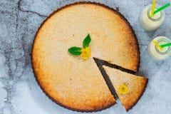 Syrliga citron och almon Fotografering för Bildbyråer