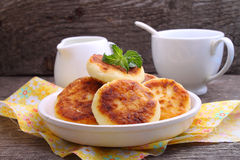 Syrniki (Cottage Cheese Pancakes, Fritters Of Cottage Cheese)