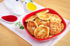 Syrniki. Cottage cheese pancakes. Royalty Free Stock Images