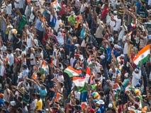 Syrsafolkmassan Indien firar Arkivbild