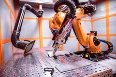 Système à distance robotique de coupe de laser de fibre Photo stock
