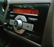 Système audio de voiture sur le panneau de visage Photos stock