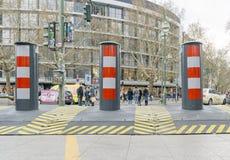 Système de barrage routier anti-terroriste provisoire portatif image libre de droits