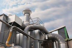 Système industriel de filtration d'air d'usine photographie stock