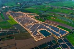 Système solaire de ferme solaire Photos libres de droits