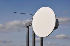 Systèmes cellulaires sur un mât en acier Photo libre de droits