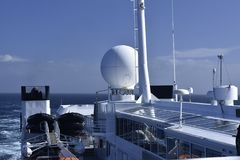 Systèmes de communication dans le bateau d'océan Image libre de droits