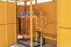 Systèmes sifflants, équipement industriel, intérieur - pépin de station service photographie stock libre de droits