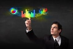 Syste moderno colorido tocante novo considerável do gráfico do homem de negócio Foto de Stock Royalty Free
