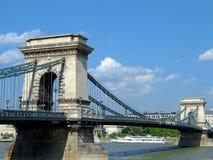 Széchenyi Kettenbrücke in Budapest stockbilder