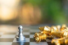 Szachowa gra planszowa, biznesowy konkurencyjny pojęcie zdjęcia royalty free