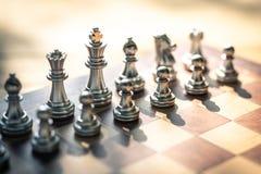 Szachowa gra planszowa, biznesowy konkurencyjny poj?cie, kopii przestrze? zdjęcie stock