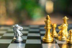 Szachowa gra planszowa, biznesowy konkurencyjny poj?cie obraz stock