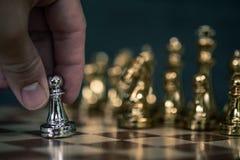 Szachowa gra planszowa, biznesowy konkurencyjny poj?cie obrazy royalty free
