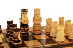 szachowe postacie odizolowywali biel fotografia stock