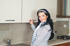szafy kuchni otwarta kobieta Obrazy Stock