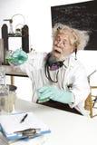 Szalenie naukowa zachowań chemii eksperyment Fotografia Royalty Free