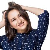 Szalona dziewczyna trzyma jej głowę w wrzasku Kobieta uśmiechnięta doskonalić uśmiech patrzeje kamerę Ludzi, szczęścia i sukcesu  Obraz Stock