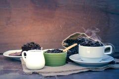 Szalony w miłości z kawą Zdjęcie Royalty Free