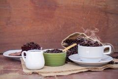 Szalony w miłości z kawą Fotografia Royalty Free