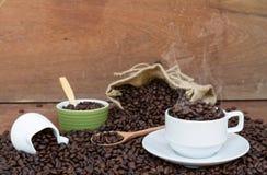 Szalony w miłości z kawą Zdjęcia Stock