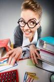 Szalony zadowolony księgowego bizneswoman Zdjęcie Royalty Free