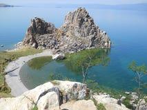 Szaman skała jest sławnym miejscem jeziorny Baikal Zdjęcia Royalty Free