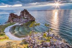 Szaman skała, Jeziorny Baikal w Rosja Fotografia Royalty Free