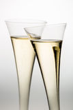 Szampański lub iskrzasty wino w szampańskim szkle Fotografia Stock