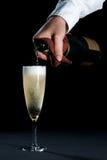 szampański dolewanie Zdjęcie Stock