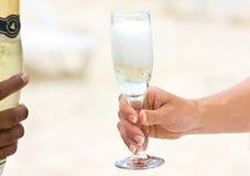 szampan na plaży zdjęcia stock