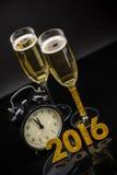 szampan obramiający szkła obramiać strzelali Fotografia Stock