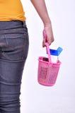 Szampon, mydło, toothbrushes, toiletries wszystko tam, odizolowywający na szarym tle Obrazy Stock