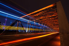Szanghaj linia horyzontu przez ogródu most Zdjęcie Royalty Free
