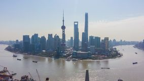 Szanghaj Miasto Miastowy Lujiazui linia horyzontu i Huangpu rzeka Chiny widok z lotu ptaka zdjęcie wideo