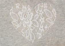 Szara dżersejowa tkanina z koronkowym sercem Obraz Royalty Free