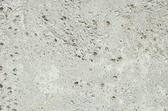 Szarości tekstury betonowy tło szkoda Krakingowy kamiennej ściany tło zdjęcia stock