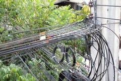 Szarobłękitny elektryczny izolator który binded wysokim woltażem Zdjęcia Stock