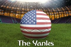 Szarpnięcia na usa drużyny futbolowej piłce na dużym stadium tle świadczenia 3 d USA Drużynowy turniejowy pojęcie USA flaga na pi ilustracji