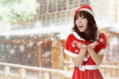 szczęśliwa Boże Narodzenie dziewczyna fotografia royalty free