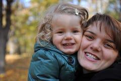 szczęśliwa córki mama zdjęcie stock