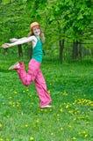 szczęśliwa dziewczyny natura obrazy stock