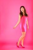 Szczęśliwa kobieta target1038_0_ nad naramiennym odprowadzeniem Zdjęcie Stock