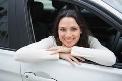 Szczęśliwa kobieta w kierowcy siedzeniu Zdjęcie Royalty Free