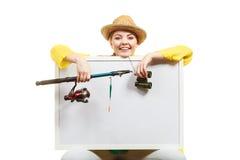 Szczęśliwa kobieta z połowu prącia mienia deską zdjęcie royalty free