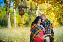 szczęśliwa mężatka pary Obrazy Royalty Free